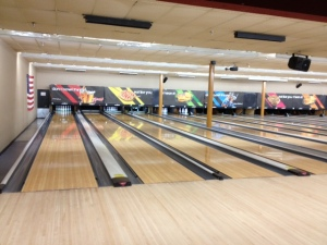 photo bowling alley
